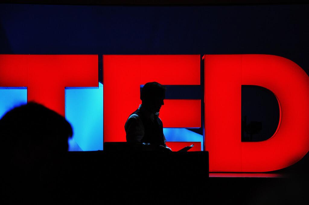 TEDx. Clases de inglés en Medellín.