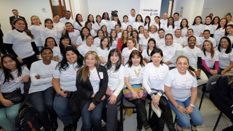 PROFESORES COLOMBIANOS DE INGLÉS QUE SE FORMAN EN ESTADOS UNIDOS