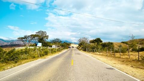 LA TRAVESÍA  DE UNA BELLA RUSA POR COLOMBIA