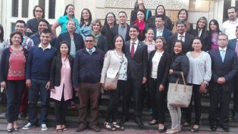 ESTOS SON LOS 25 PROFESORES DE INGLÉS BECADOS PARA ESTUDIAR EN LA INDIA