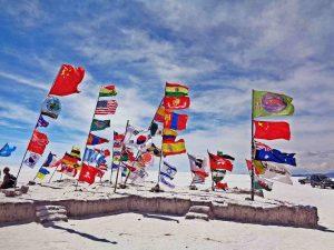 Clases de ingles en medellin. historia de las banderas